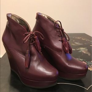 Ted Baker London, burgundy, platform lace up shoes