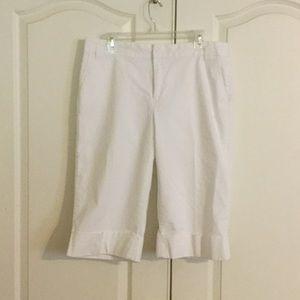 Weatherproof Pants - EUC Waterproof White fully lined Capri Pants