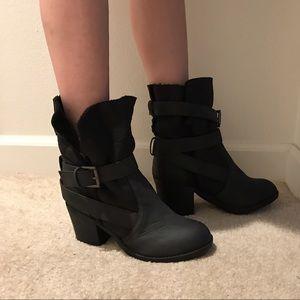 Report Shoes - Report Yurick Black Boots Buckle Ankle Bootie Heel