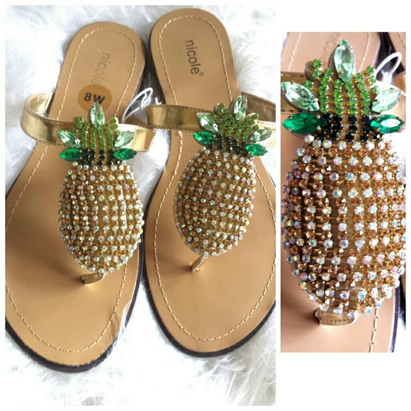 2bc41704f9bf NWT Pineapple Rhinestone Bling Flip Flops Sandals