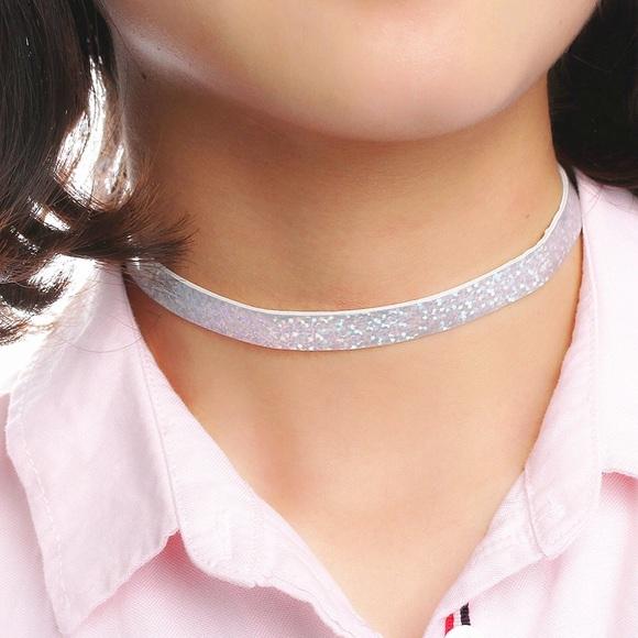 3b83f2a88b041 Trendy Silver Glitter Choker ❤️