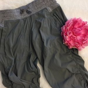 Ivivva Other - Ivivva By Lululemon Live to Move Crops Gray