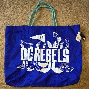 DC Handbags - DC Rebels Blue Beach XL Tote Bag 💙