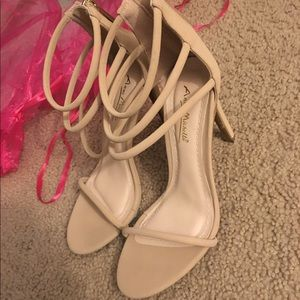 Ann Michell Shoes - Nude heels