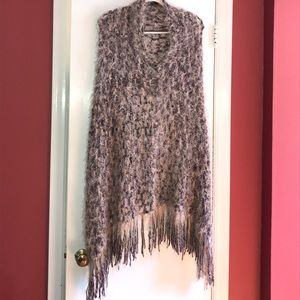 She's Other - SHE,S. Boucle Knit Poncho.   VERY SPECIAL