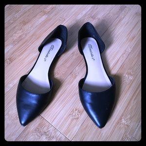 Breckelles Shoes - 6.5 cute black flats!