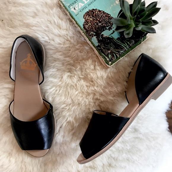 bb6fcbeb2578 Crown Vintage Shoes - Black Leather Peep Toe Flat Sandals