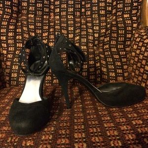 Cuffed Heels