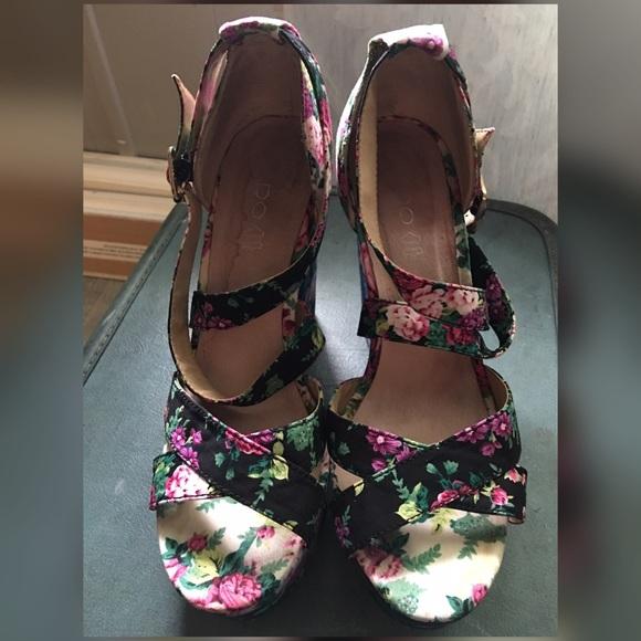 c16bebc5e96d Aldo Shoes - ALDO floral wedge heels.