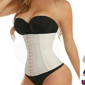 Other - 🔱Nude Adjustable Waist Shaper With Steel Boning⚜