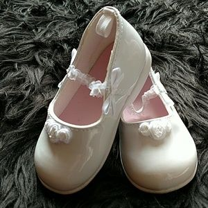 N/A Other - White patent leather infant wedding baptism dress