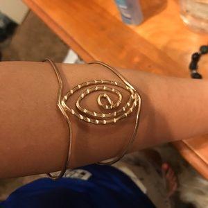 Jewelry - Arm bangle