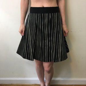 Alice & Olivia Dresses & Skirts - Alice + Olivia Black Cream Striped Skater Skirt