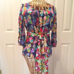 Beautiful Lilly Pulitzer silk butterfly blouse 