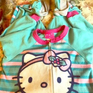 Toddler girl 3T Hello Kitty pj's used