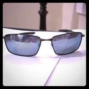 Oakley Other - Oakley polorized sunglasses, save $$$