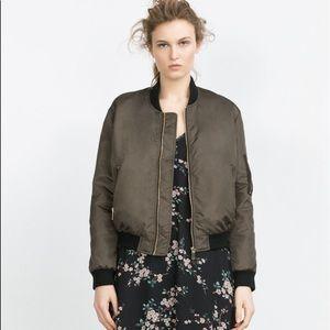 Zara Jackets & Blazers - NWOT Zara bomber jacket