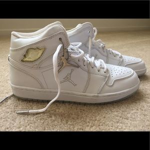 Nike Other - Nike Air Jordan 1 retro Limited Edition-Size 9