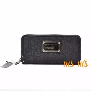 Marc by Marc Jacobs Handbags - NWT Marc Jacobs Core Nylon Zip Around WALLET $168.