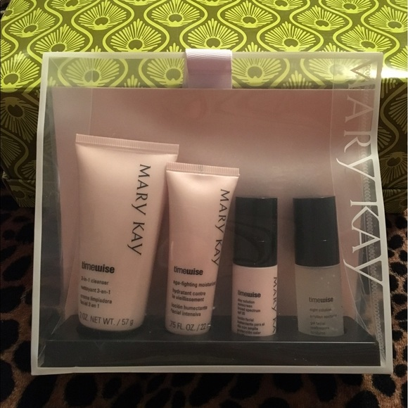 Michael Mccracken Offers Age Fighting Eye And Facial: Brand New Mary Kay Timewise