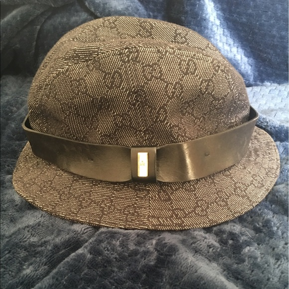 0185c476415ff Gucci Accessories - Authentic Vintage Gucci Bucket Hat
