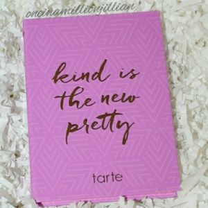 LE Tarte Kind is the New Pretty Cheek Palette