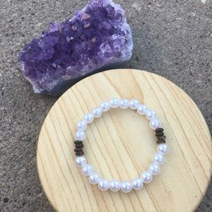 handmade Jewelry - Handmade Pearl and Wood Bracelet