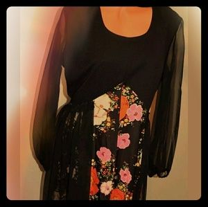 Dresses & Skirts - Vintage 60's Dress. Sheer sleeves THINK FESTIVAL
