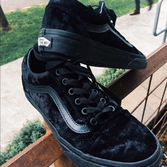 ab0f4bf7ac Black Velvet Old School Vans. M 593a1ff56d64bc970b0152ab