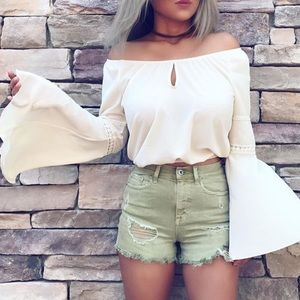 Tops - Carrie off the shoulder top