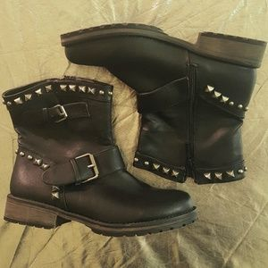 Breckelles Shoes - Faux Leather Moto Biker Studded Engineer Boots