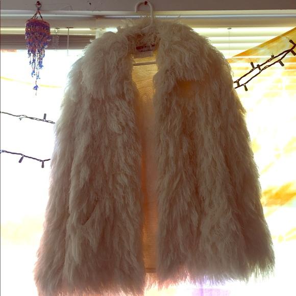 99e2d5651 Crissa Cotique La Vogue Faux Fur Vintage Jacket