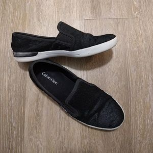 Shoes - PRICE DROPPED!!! WOMEN​ Black Calvin Klein Slip On