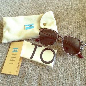 TOMS Accessories - TOMS Sunglasses