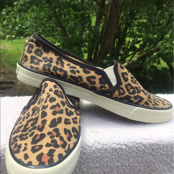 dc5c6d8e8cc American Eagle Outfitters Shoes - American Eagle Leopard print sneakers