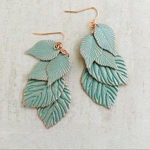 Jewelry - Green Leaf 🍃 Earrings