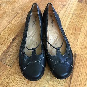 Naturalizer Shoes - Naturalizer black flats size 8