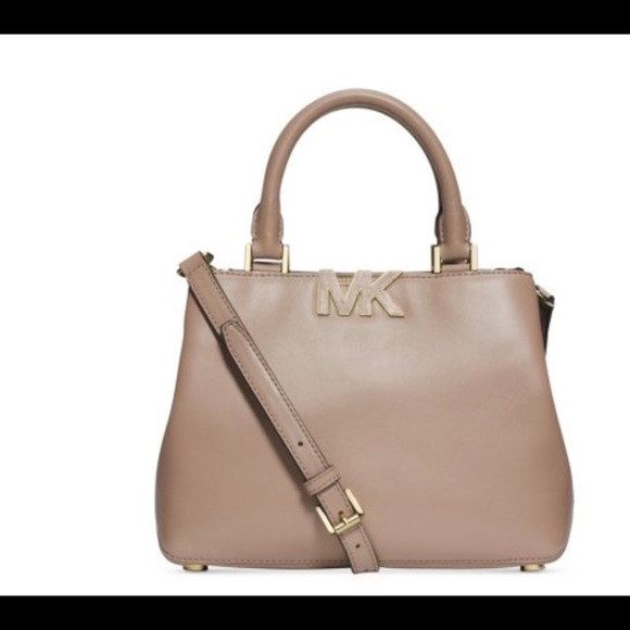 7bfd3f37a883 MICHAEL Michael Kors Bags | Nwt Michael Kors Florence Satchel In ...