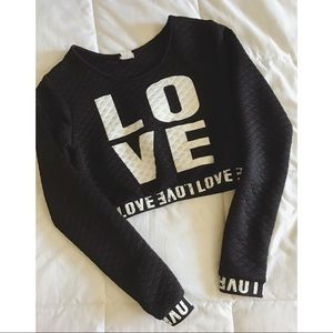 Tops - Long Sleeve Sporty Love Crop Top