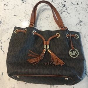 Michael Kors Purse & Wallet