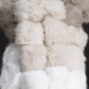 Accessories - 🎉Host Pick🎉Genuine Rabbit-Fur PomPom Scarf Taupe