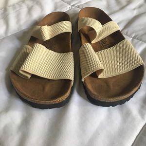 Birkenstock Shoes - EUC Birkis by Birkenstock Regular Elastic Sandals
