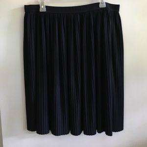 Ivanka Trump Navy Pleated Skirt