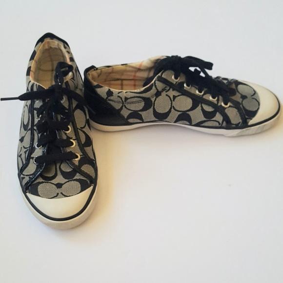 Black Coach Barrett Shoes