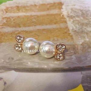 Bow knot stud earrings!
