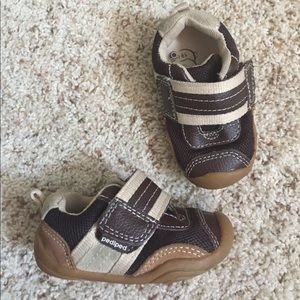 pediped Other - Pediped baby/toddler boys sneakers size 19 (4-4.5)