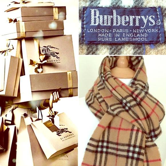68013d8902ba Burberry Accessories - 💯 % AUTHENTIC VINTAGE BURBERRYS NOVA CHECK SCARF