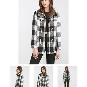 Brand new black and white plaid coat 鸞鸞鸞