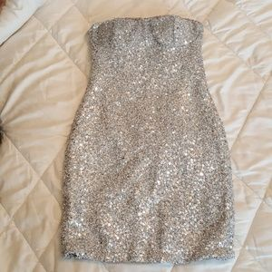 Foreign Exchange Dresses & Skirts - Strapless silver sequins dress