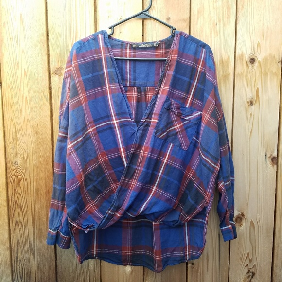zara zara plaid scoop front oversized top from michelle 39 s closet on poshmark. Black Bedroom Furniture Sets. Home Design Ideas
